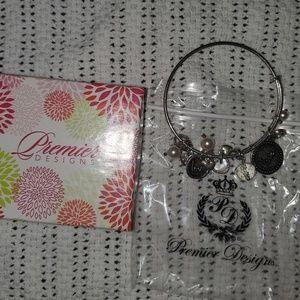 Premier Designs Sentimental Bracelet